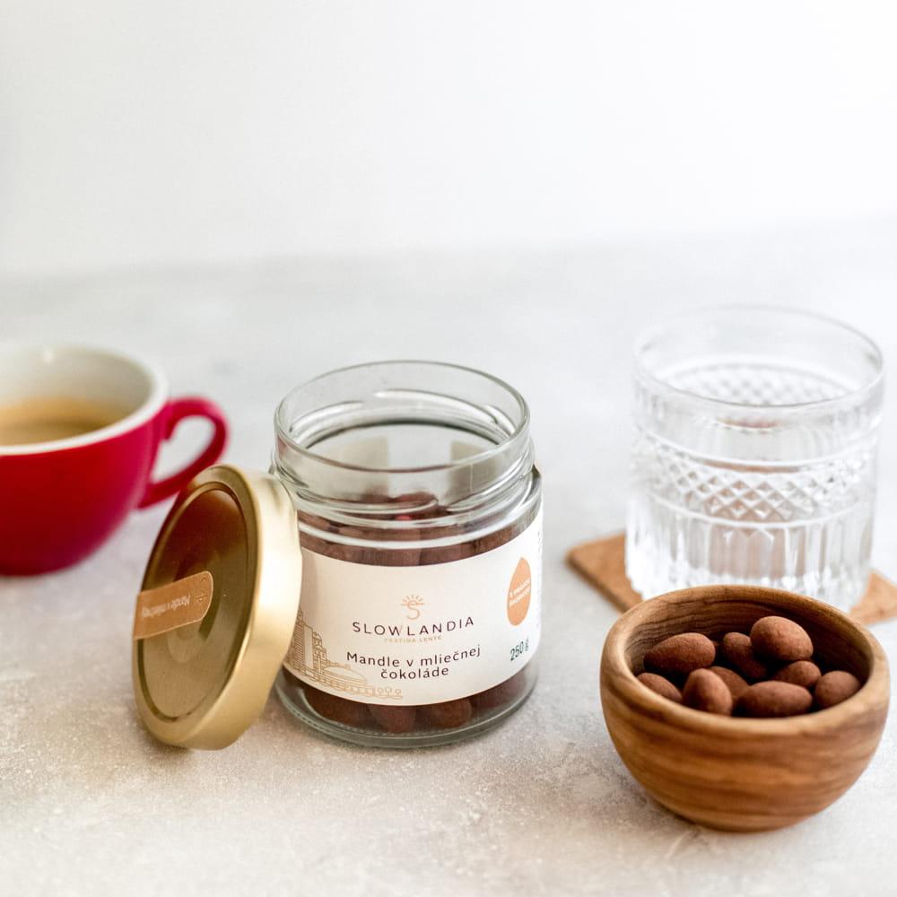 Mandle v mliečnej čokoláde so škoricou Slowlandia